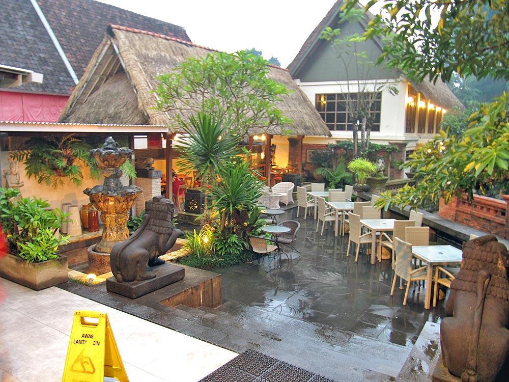 Oops Restaurant Ubud Menu