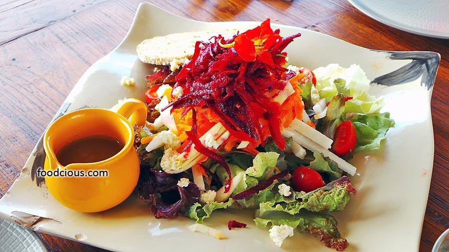 Flower-Garden-Salad