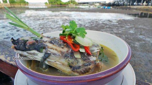 Sup-Kepala-Ikan