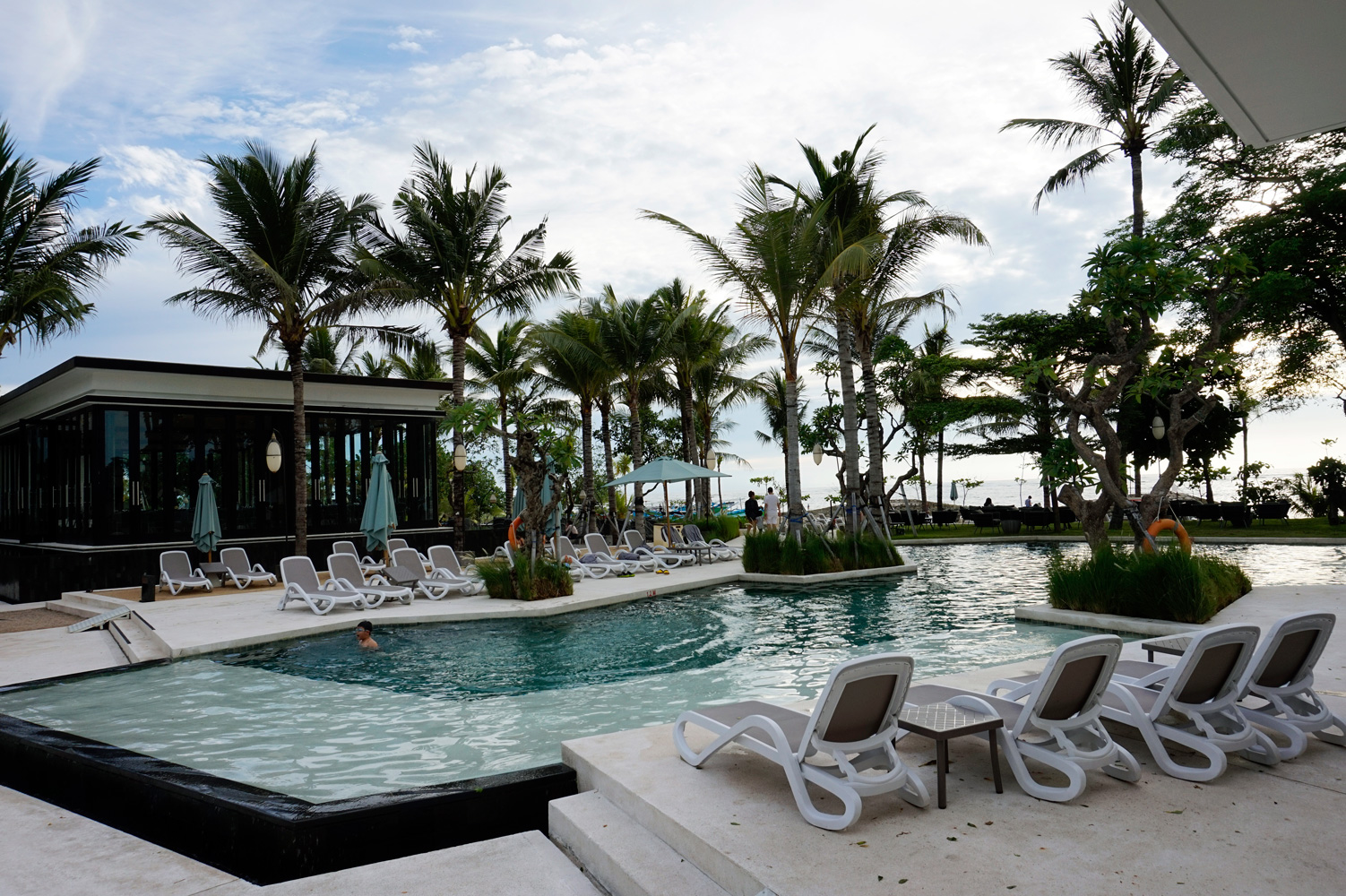Hotel Bali Beach