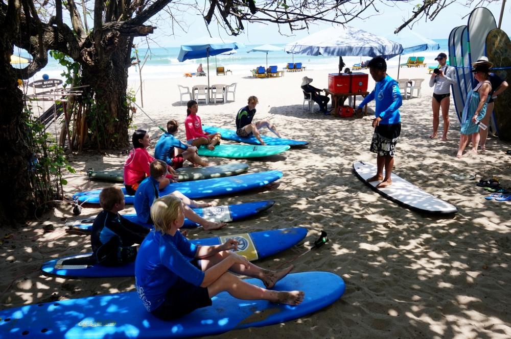 surf lesson bali quiksilver