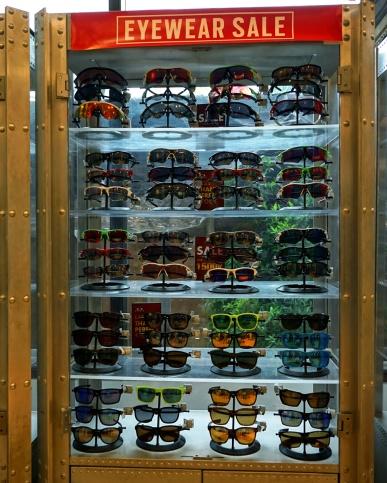 Oakley-Bali-Summer-Sale-008
