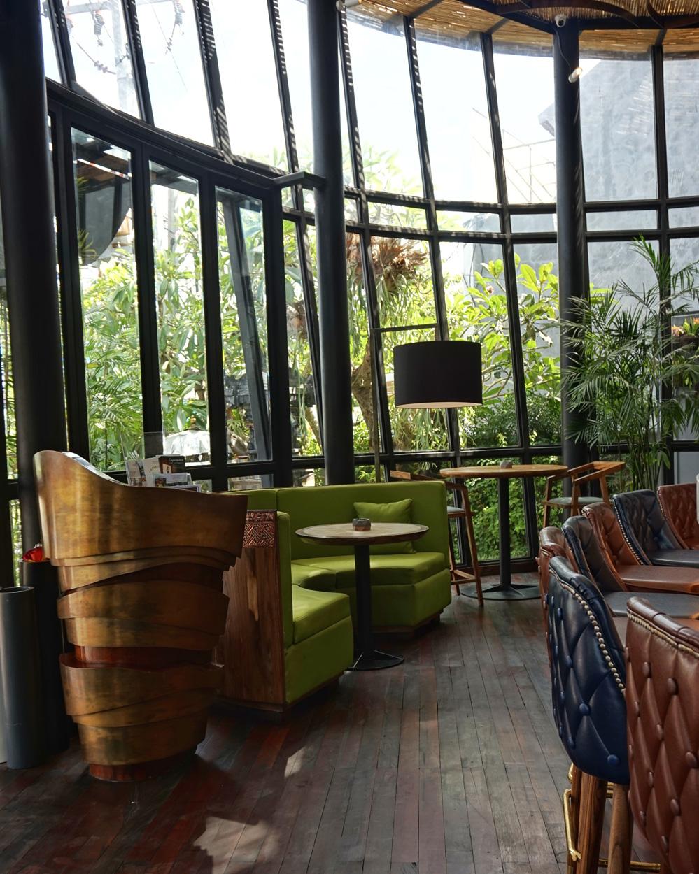 Best hotel in seminyak jambuluwuk 027 01 foodcious for Best hotels in seminyak