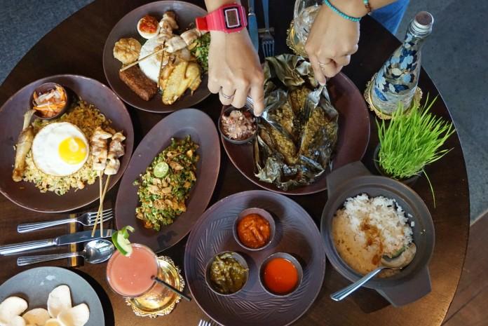 Explore Indonesian Culinary At Lumbung Restaurant Ubud Foodcious